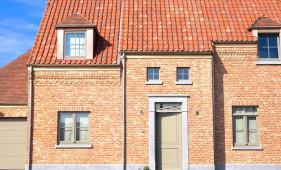 Nieuwbouw woning in landelijke stijl